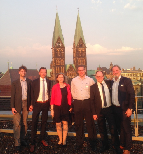 Dr. Florian Kleinmanns (Schatzmeister), Dr. Matthias Martens (stellvertretender Vorsitzender), Dr. Monika Beckmann-Petey (Schriftführerin), Priv.-Doz. Dr. Gerrit Hölzle (Beirat), Dr. Dirk Weitze-Scholl (Vorsitzender), Christian Menges (Rechnungsprüfer)